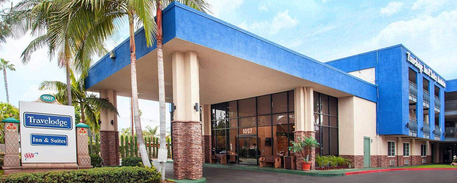 Travelodge Anaheim Inn & Suites California