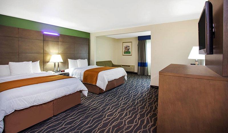 Travelodge Anaheim Inn & Suites California Double Queen Size Beds Mini Suite